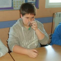 Taller de Perfum a l'Escola Salvador Espriu de Montgat